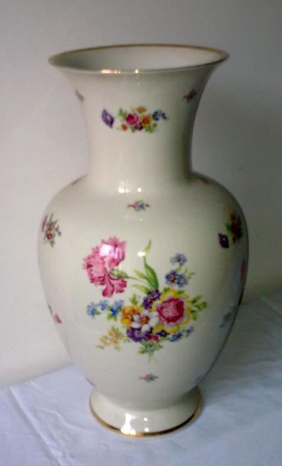 Pregiata for Vaso di porcellana